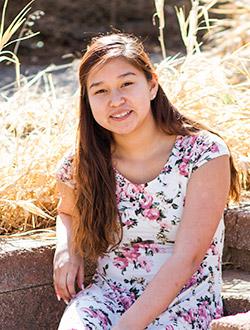 Meet Our 2017 8th Grader - Shawnna.